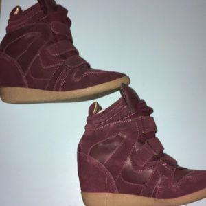 Steve Madden Hiilight Burgundy Wedge Sneaker - new